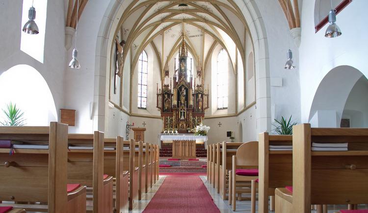 Pfarrkirche Seewalchen am Attersee Altarraum