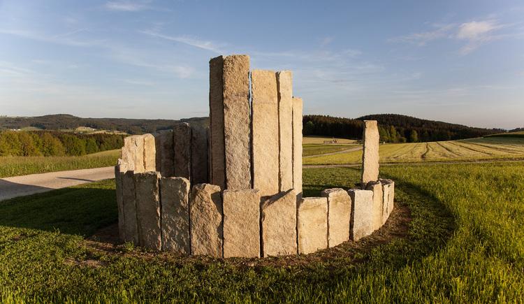 Steinspirale von Gerhard Eilmsteiner. (© Lucia Schneider)