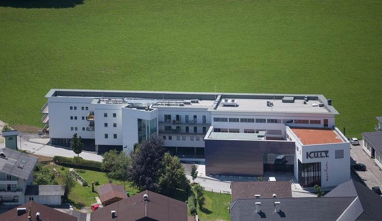Veranstaltungszentrum K.U.L.T. aus der Luft (© skyblue Salzburg)