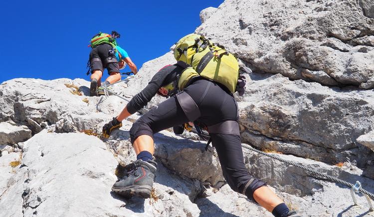 Gr. Priel Klettersteig Holger Friedl Manuela 10.10.2018 09-34-40 (© TVB Pyhrn-Priel/Kniewasser)