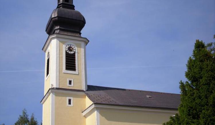 Pfarrkirche zum Hl. Maximilian (© Vianovis)