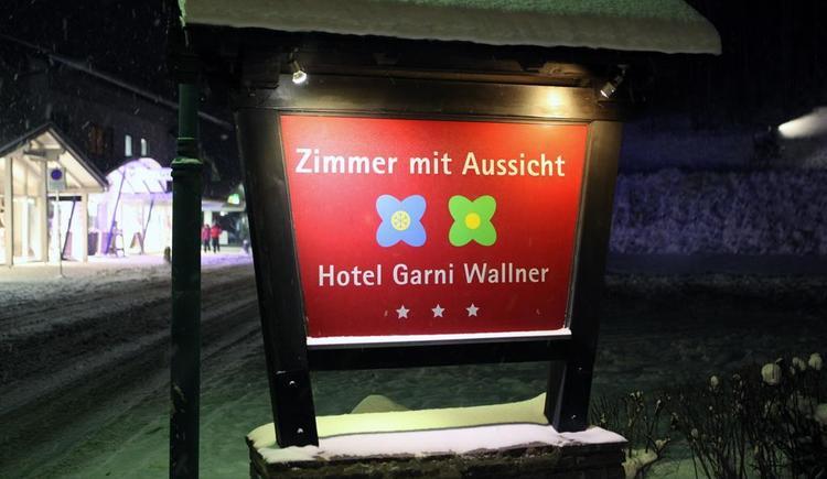 Eingang Hotel Garni Wallner Hinterstoder