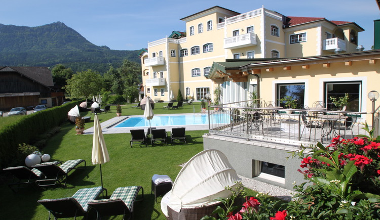 Hotel Mondsee, Pool, Wellness. (© www.eichingerbauer.at)