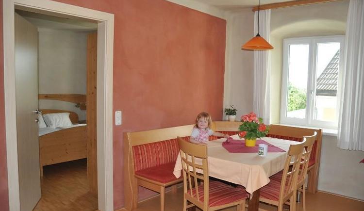 Ferienwohnung `SONNENSCHEIN`, gemütliche Sitzecke (© Privat)