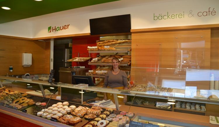 Bäckerei Hauer am Marktplatz (© Stadtmarketing Ried/Strasser)