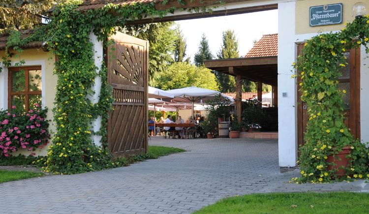 Weilbacher Mostbauer - Most und Brettjause im Gastgarten genießen