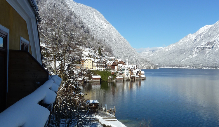 From a balcon in Seehotel Grüner Baum you have also in winter a beautiful view above the world heritage town Hallstatt and the Lake Hallstatt.