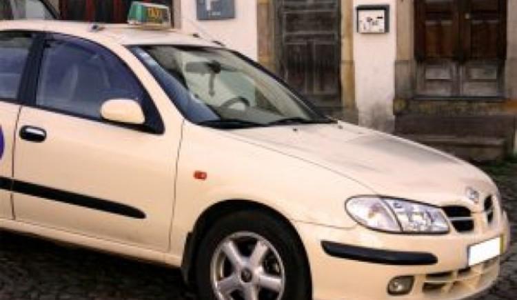 Taxi und Autovermietung