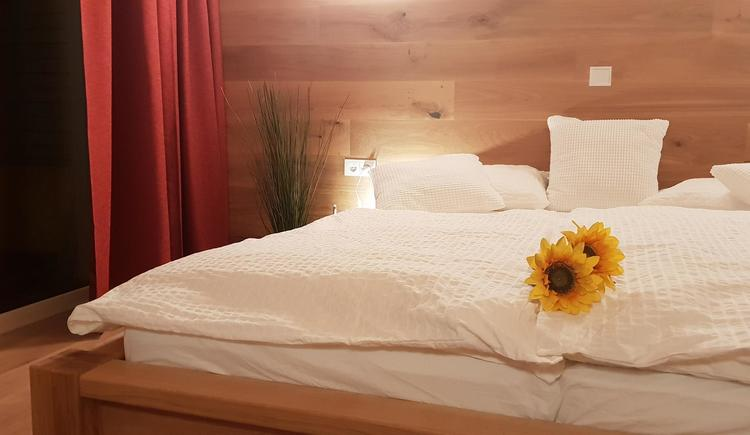 Schlafzimmer Mountain View Wood (© Ferienhaus Mountain View)