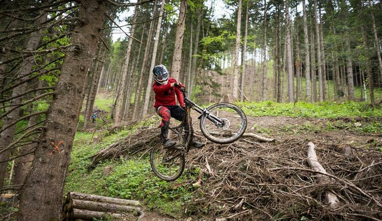 Bikepark Wurbauerkogel - Jump (© Michael Steiner)