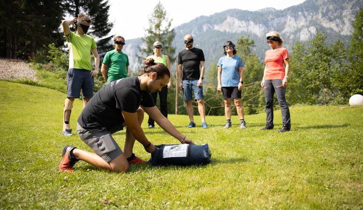 Blind im Team etwas schaffen (© Abenteuer Management - Hinteramskogler)