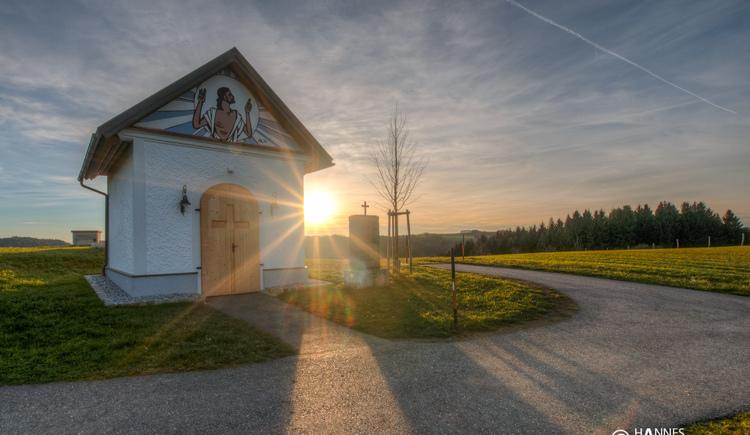 Kapelle - höchste Erhebung in der Naturwunda Gemeinde Haibach ob der Donau - einzigartiger Fernblick vom Böhmerwald bis zum Dachstein