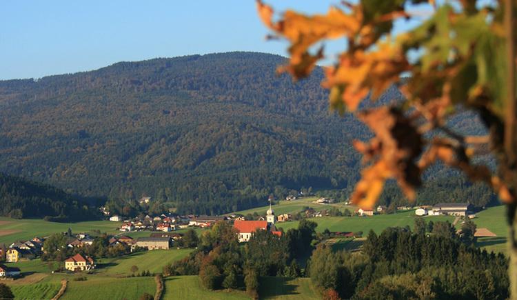 (© Ferienregion Böhmerwald | Blick auf Klaffer am Hochficht)