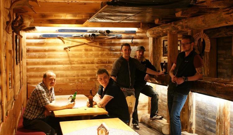 Eisners Hütte - Apres Ski und Oldiesabende (© Bergkristall)