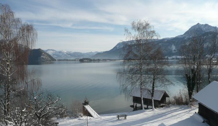 Blick vom Balkon über den See. (© Hubert Lechner)
