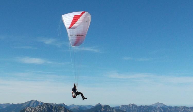Paraglider am Krippenstein - Passagierflüge möglich! (© Knappe-Benesteem)