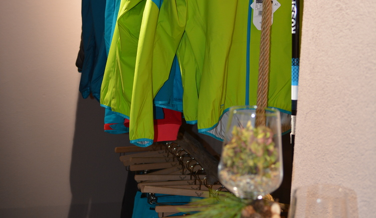 Exkluslive Markenbekleidung. (© Jirka Šenk)