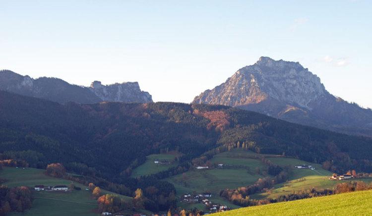 Blick auf Traunstein von St. Konrad im Almtal. (© Foto by Rudolf Weinzierler)