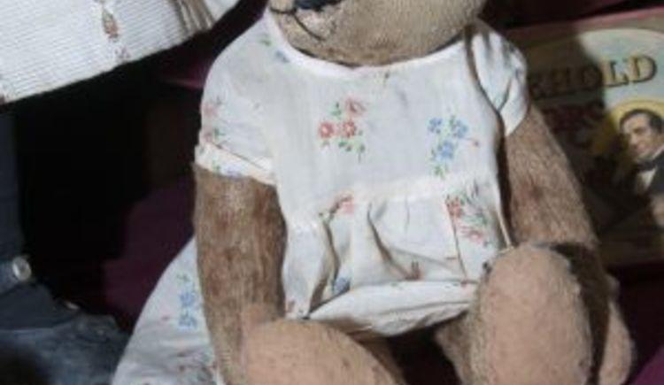 Bär (© Puppenhausmuseum)