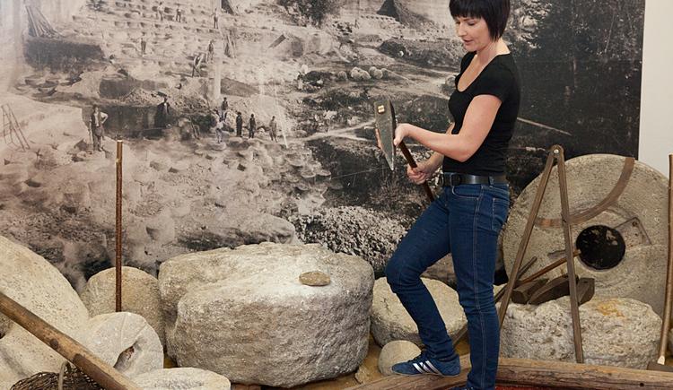 Der Heimat- und Museumsverein hat die Geschichte von Perg dokumentiert und eine Ausstellung gestaltet - ein Schwerpunkt ist die Geschichte der Mühlsteinhauer.