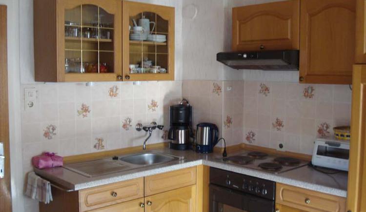 Haus Unterberger, Bad Ischl: Gut ausgestattete Küche der Ferienwohnung 1