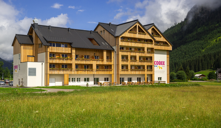 COOEE alpin Hotel Dachstein in the summer