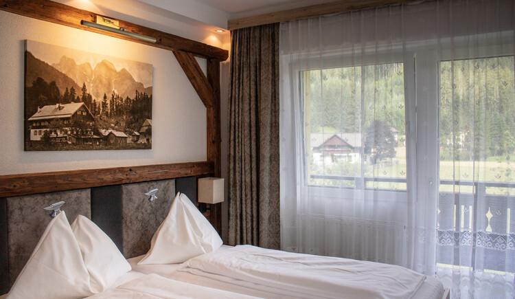 neu renoviertes Dreibettzimmer. (© Ferienregion Dachstein Salzkammergut)