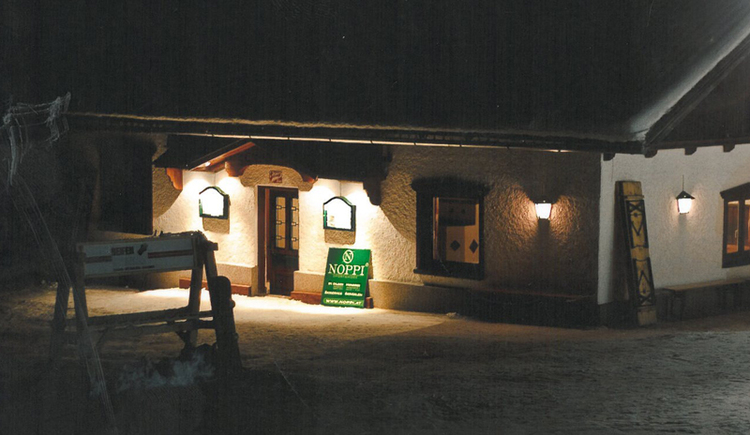 Hütte, Schnee.