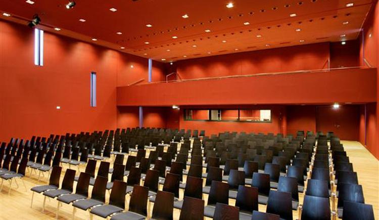 Kulturhaus Römerfeld - Saal (© Kulturforum Pyhrn-Priel)