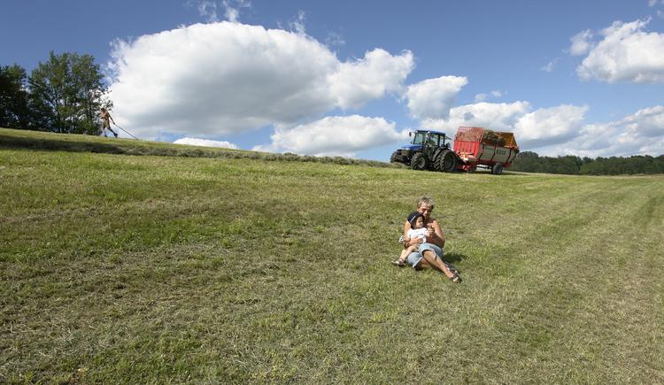 Unsere Traktoren - der Hit bei den Kleinen (und Großen:) (© Fam. Baungartner)