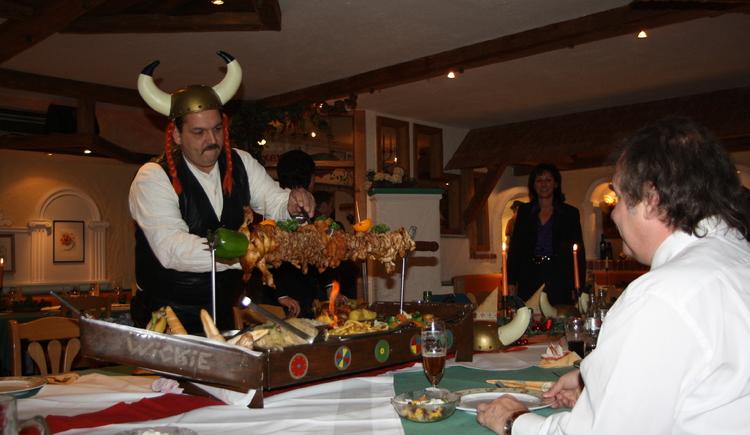 Das große Wikingermahl (© Maurerwirt)