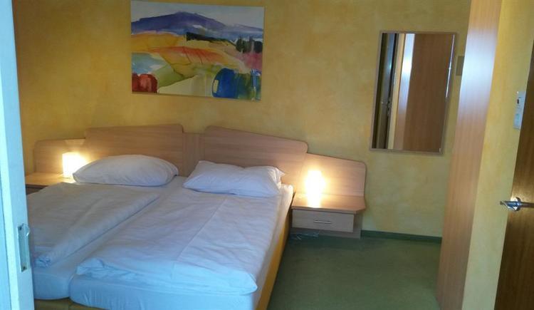 Standard Doppelzimmer (© Pension Haus Ahamer)