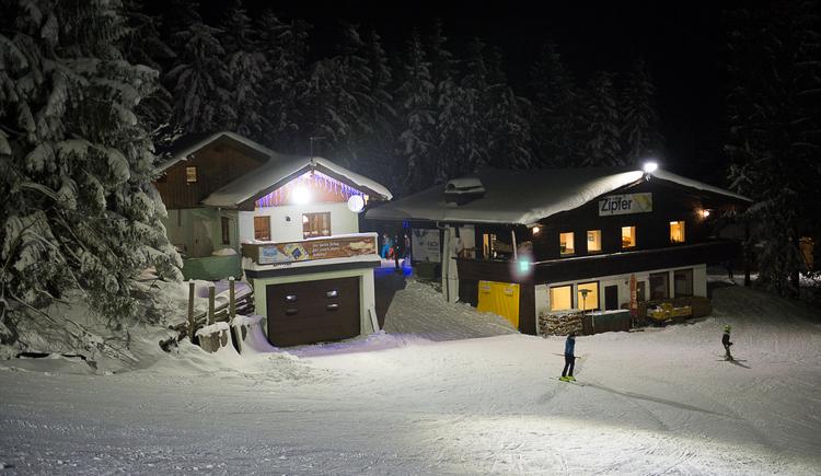 Hütte im Skigebiet Hochlecken (© Reinhold Lang)