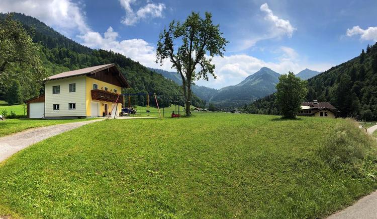 Ferienwohnung und Berge KLEINER