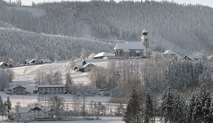 Blick auf Magdalenaberg in Pettenbach im Almtal im Winter. (© Marktgemeinde Pettenbach)