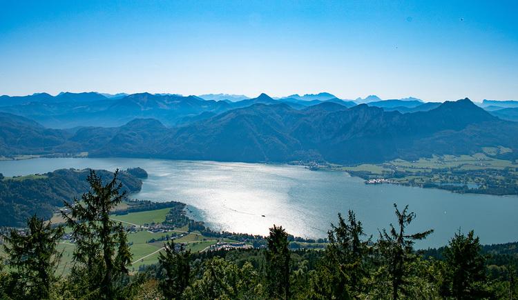 Wunderbares 360°-Panorama vom Kulmspitz. (© TVB Mondsee-Irrsee)