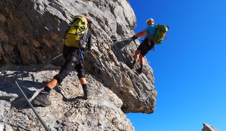Gr. Priel Klettersteig Holger Friedl Manuela 10.10.2018 09-38-25 (© TVB Pyhrn-Priel/Kniewasser)