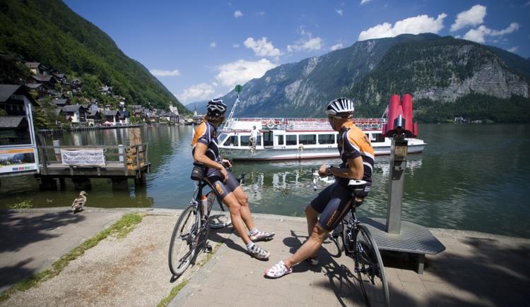 Hallstatt, eine Zwischenstation auf dieser Rennradreise. (© Tourismus Oberösterreich)