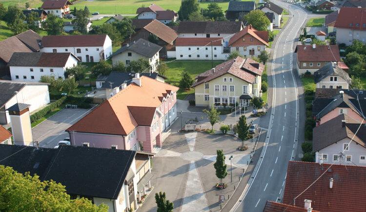 luftansicht-gemeinde-weng (© Gemeinde Weng)