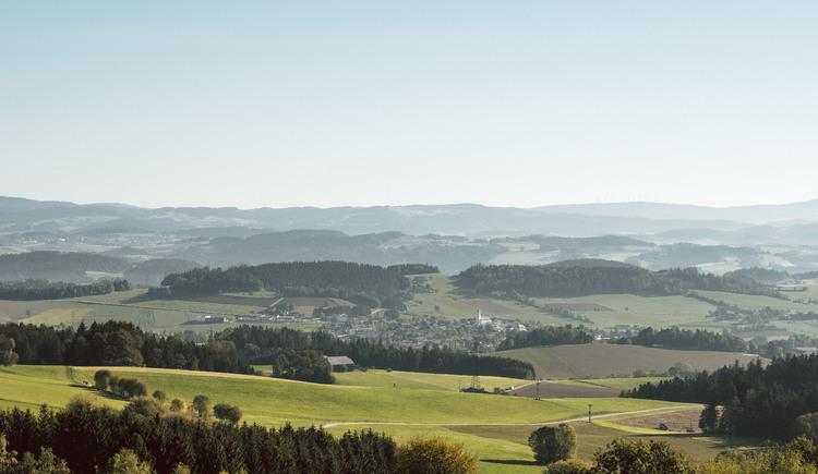 in Pfarrkirchen hat man in fast alle Richtungen ein tolles Panorama. (© Stöbich)