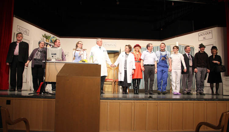 Theateraufführung der Laienspielgruppe St. Wolfgang im Michael Pacher-Haus. (© WTG)