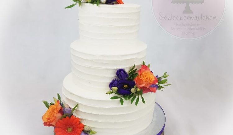 Torte Blumendeko (© Schleckermaeulchen)