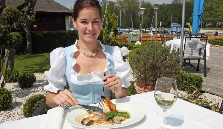 (© Restaurant Langostinos, Fam. Rutschetschin)