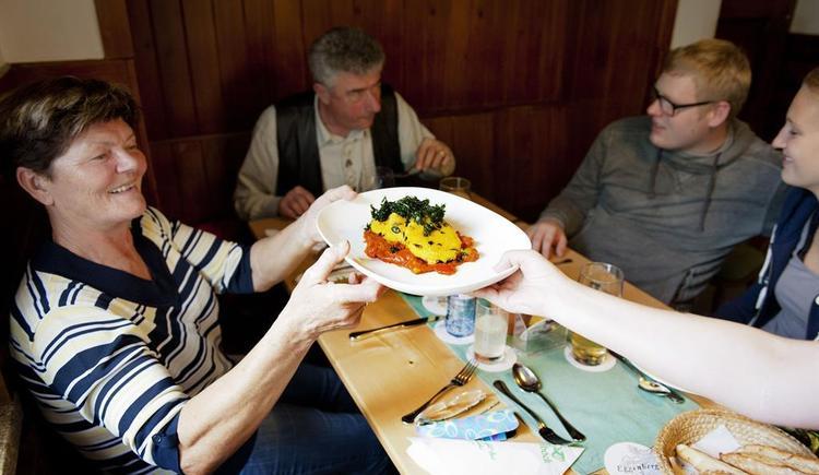 Hoftaverne Ziegelboeck Gaststube 6vegan