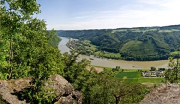 Ausblick von der Ebensteinkapelle (© WGD Donau Oberösterreich Tourismus GmbH/Weissenbrunner)