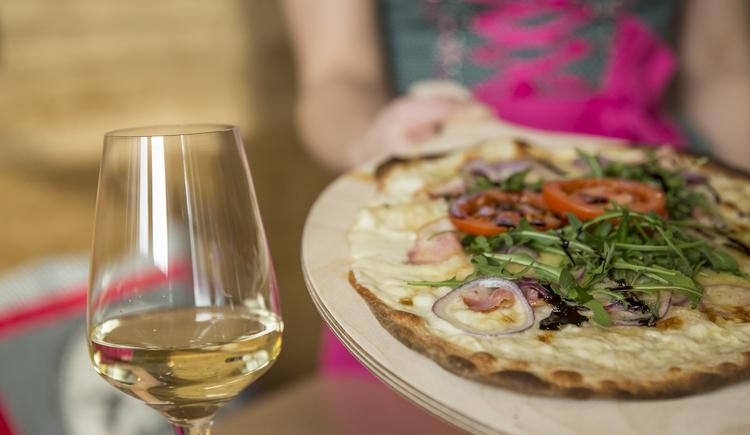 Restaurant, Gastronomie. (© cooee-alpin-hotel-dachstein)