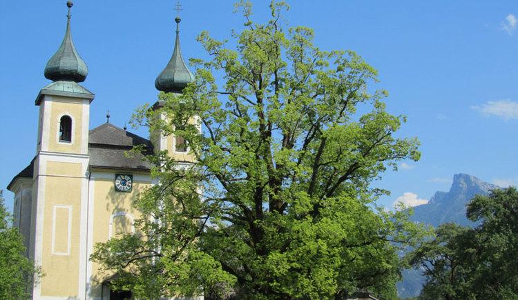 Kirche St. Lorenz am Mondsee im Salzkammergut. (© www.mondsee.at)