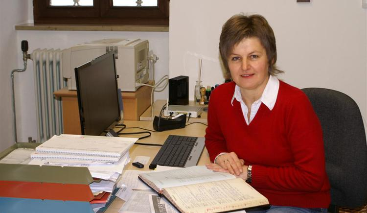 Pfarrsekretärin Elisabeth Scheuer