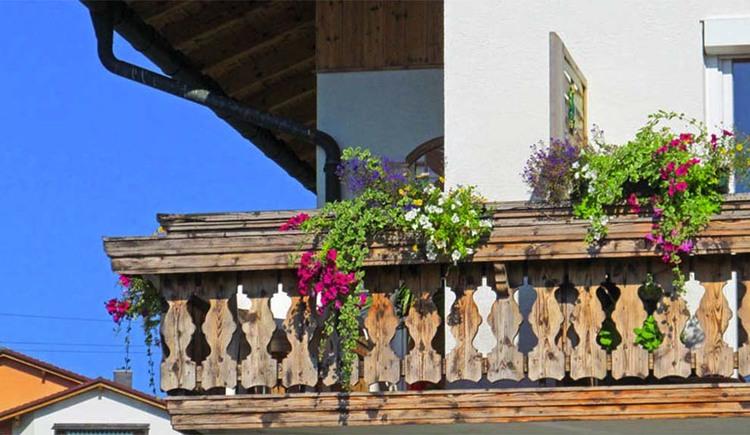 """blick auf den Balkon von der Ferienwohnung \""""Morgensonne\"""""""