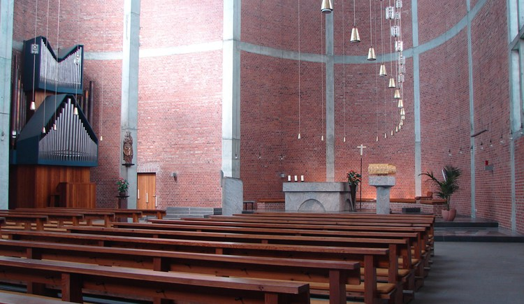 Pfarrkirche zur Hl. Theresia, ©Ing. Emmerich Gaigg, Pfarre Linz-St.Theresia (© Ing. Emmerich Gaigg, Pfarre Linz-St.Theresia)